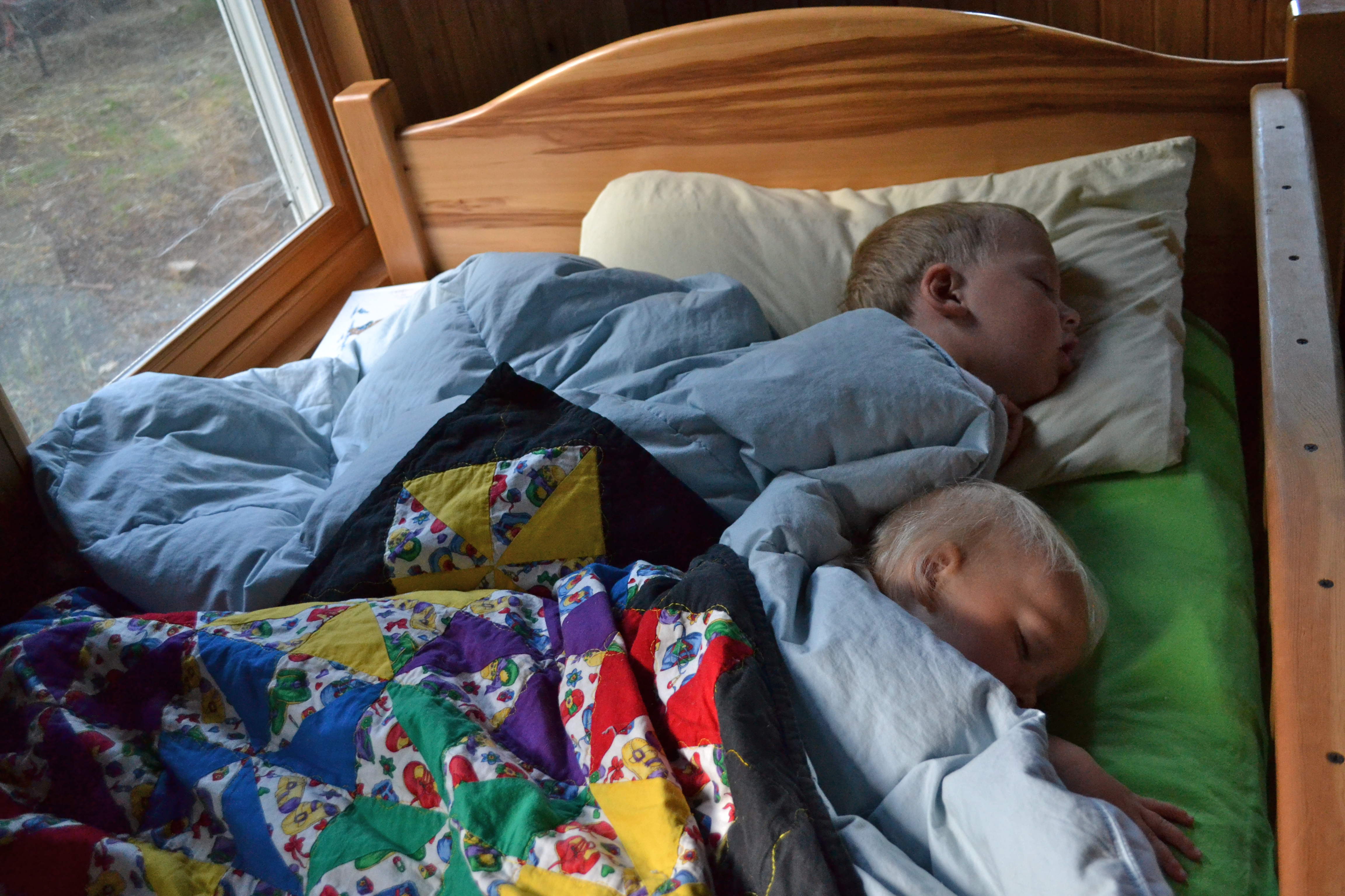 Two Kids in e Bed and a Tour of Cabin Living Quarters