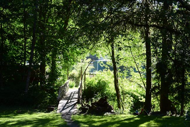 garden bridge // Wayward Spark